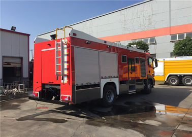 China Fire Engine With Hydraulic Breaking Road-rail Convertible Vehicle Due Use fabriek